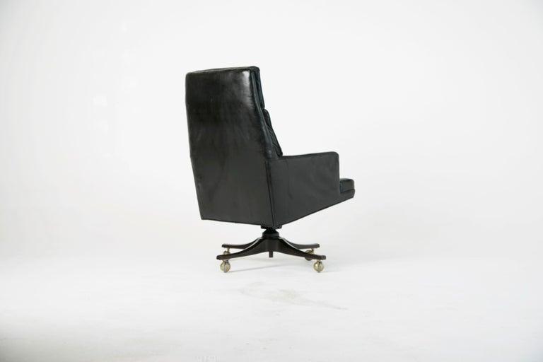 American Edward Wormley for Dunbar Executive Highback Leather Desk Chair, circa 1960 For Sale