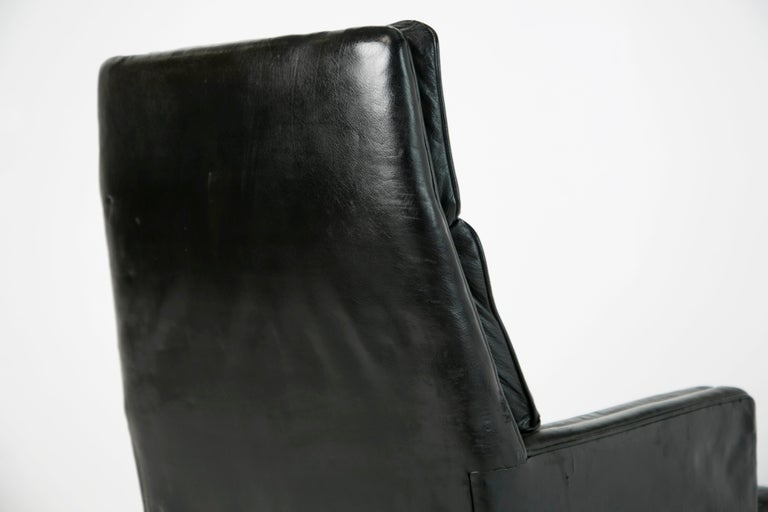 Edward Wormley for Dunbar Executive Highback Leather Desk Chair, circa 1960 For Sale 1
