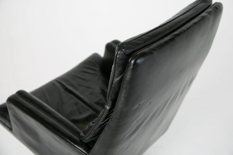 Edward Wormley for Dunbar Executive Highback Leather Desk Chair, circa 1960 For Sale 2