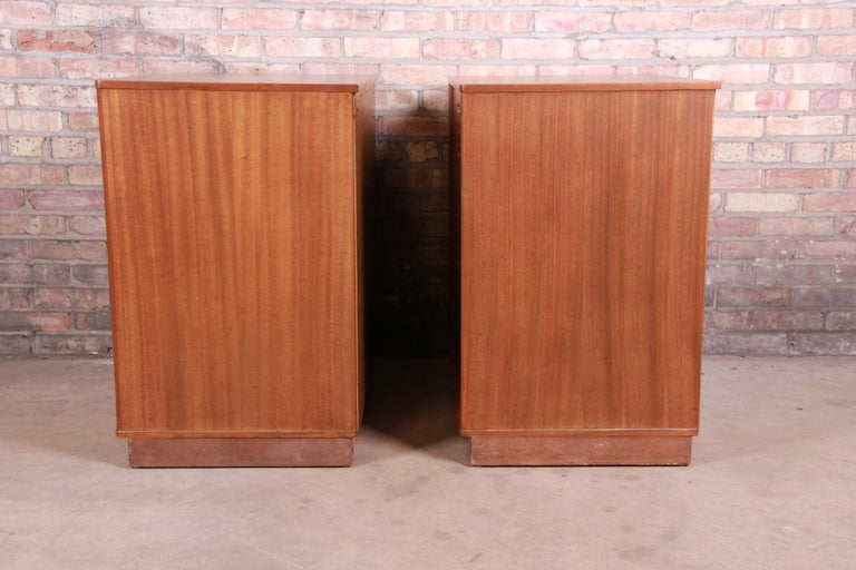 Edward Wormley for Dunbar Mahogany Bachelor Chests or Large Nightstands, Pair For Sale 8
