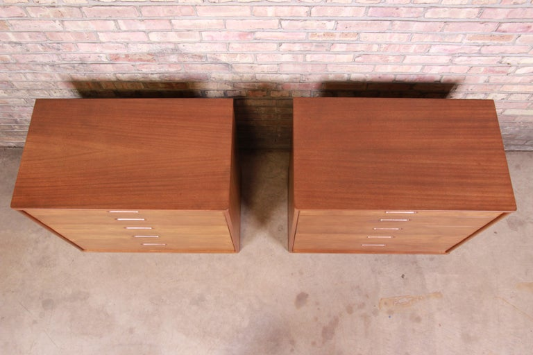 Edward Wormley for Dunbar Mahogany Bachelor Chests or Large Nightstands, Pair In Good Condition For Sale In South Bend, IN