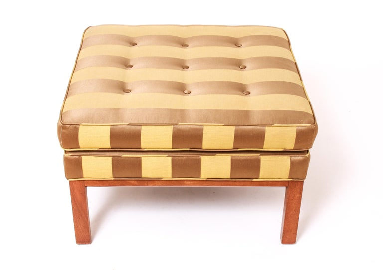 Mid-Century Modern Striped Ottoman in the Style of Edward Wormley for Dunbar In Good Condition For Sale In New York, NY