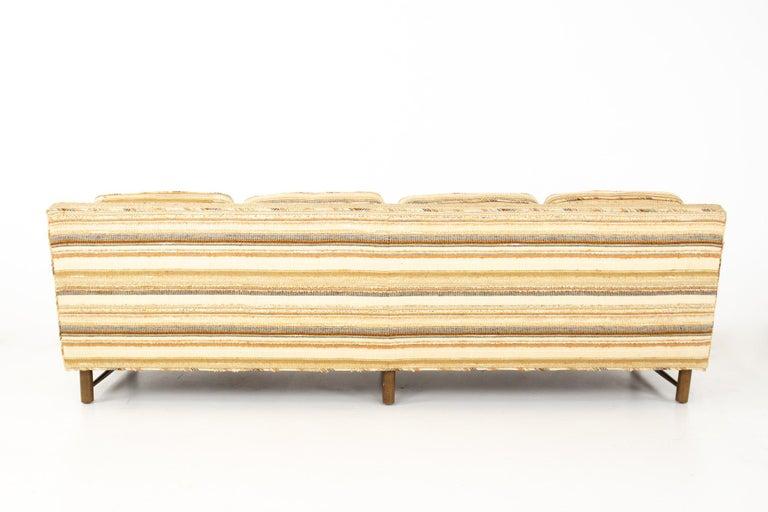 Edward Wormley for Dunbar Mid Century Sofa In Good Condition For Sale In La Grange, IL