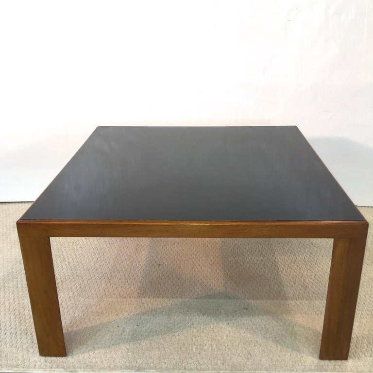 Edward Wormley for Dunbar Model 3374 Square Cocktail Table In Good Condition For Sale In Hingham, MA
