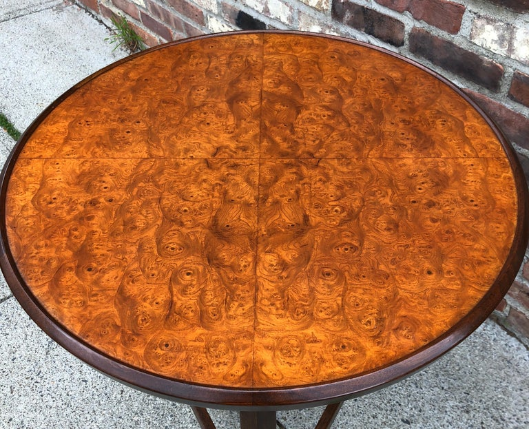 Edward Wormley for Dunbar Occasional Table with Tray For Sale 4