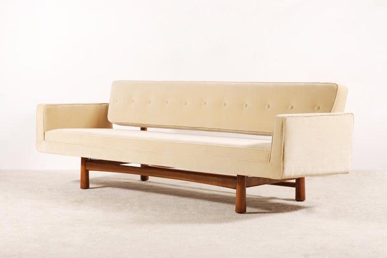 Mid-Century Modern Edward Wormley for Dunbar, Sofa Model 5316 Reupholstered, circa 1950