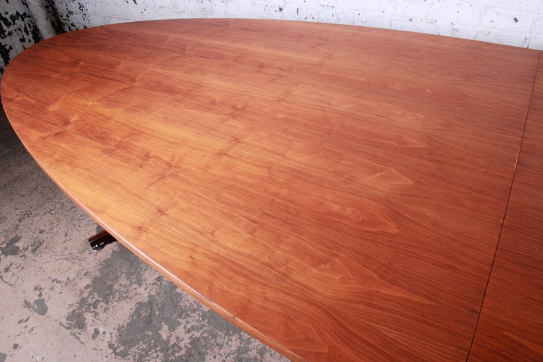 Edward Wormley for Dunbar Walnut Elliptical Conference or Dining Table, 1960s For Sale 3
