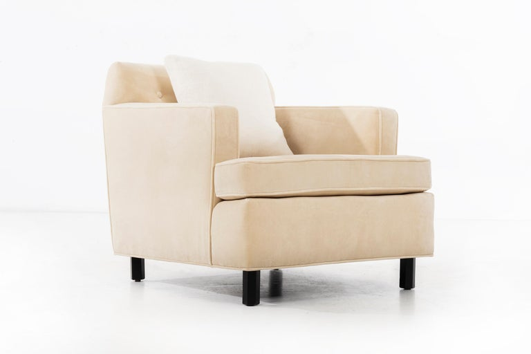 Edward Wormley Pair of Lounge Chairs In Good Condition For Sale In Chicago, IL