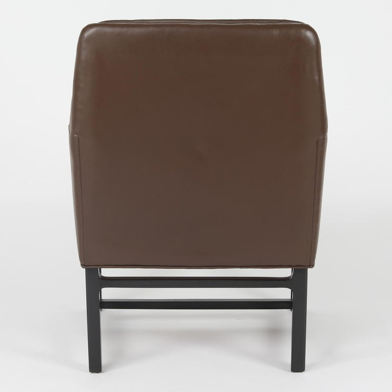 Edward Wormley Pair of Arm Chairs in Leather with Mahogany Bases 1960s 'Signed' In Excellent Condition For Sale In New York, NY