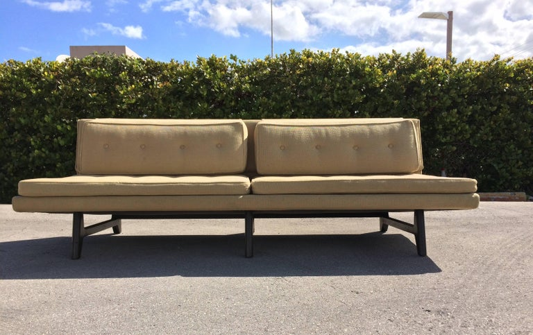Edward Wormley Sofa for Dunbar In Good Condition For Sale In Miami, FL