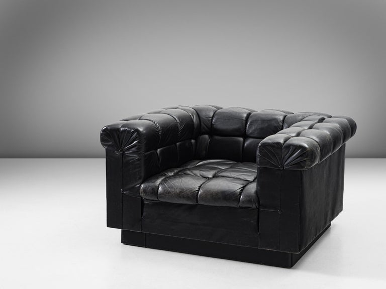Mid-Century Modern Edward Wormley Tufted Club Chair in Black Leather for Dunbar For Sale