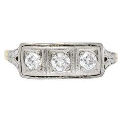 Edwardian 0.30 Carat Diamond Platinum-Topped 14 Karat Gold Ring