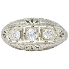 Edwardian 0.40 Carat Diamond 18 Karat White Gold Engagement Ring