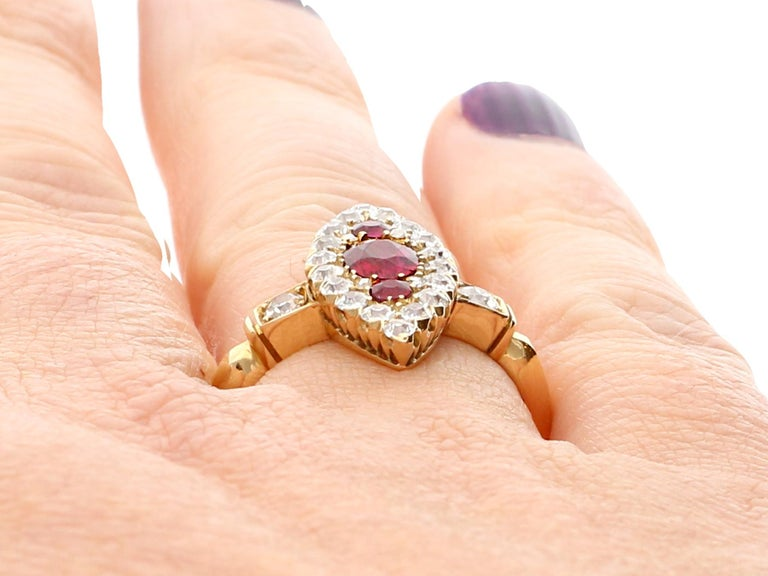 Edwardian 1.00 Carat Siam Ruby and 1.12 Carat Diamond Yellow Gold Cocktail Ring For Sale 4