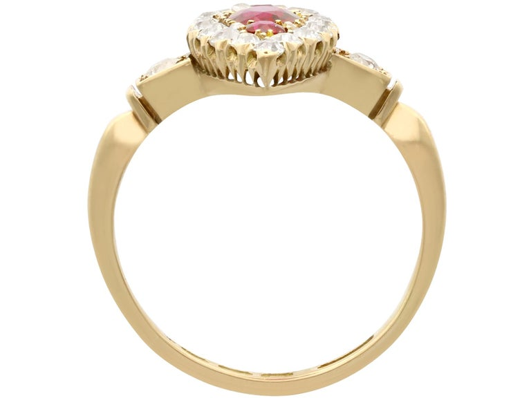 Edwardian 1.00 Carat Siam Ruby and 1.12 Carat Diamond Yellow Gold Cocktail Ring For Sale 1