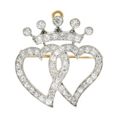 Edwardian 1.35 Carat Diamond Platinum-Topped 18 Karat Gold Heart Pendant Brooch