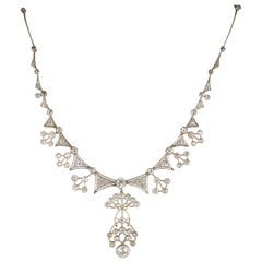 Edwardian 13.95 Carat Diamond Platinum Rare Statement Necklace
