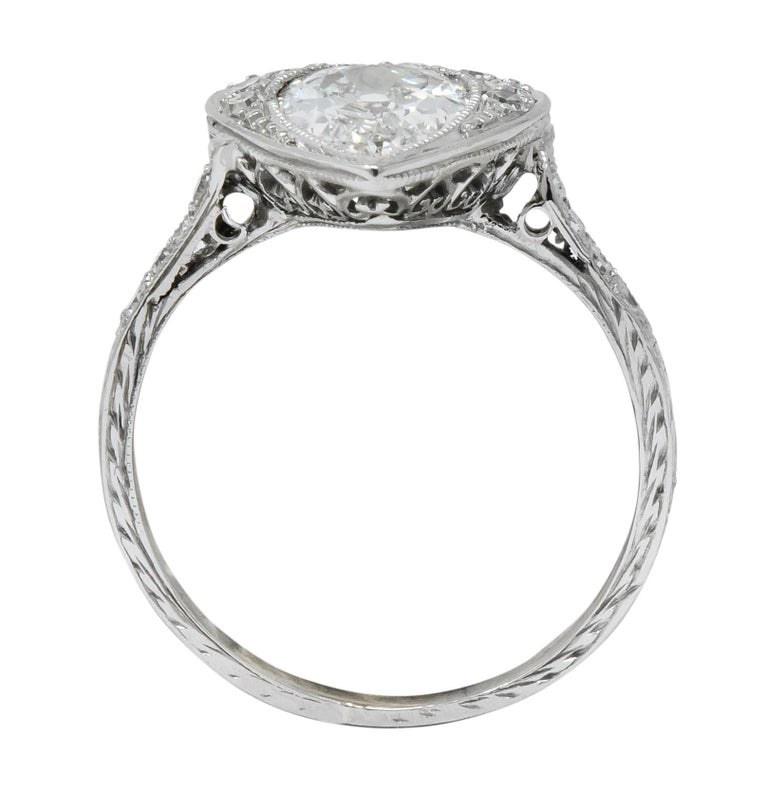 Edwardian 1.45 Carat Pear Cut Diamond Platinum Heart Engagement Ring For Sale 3