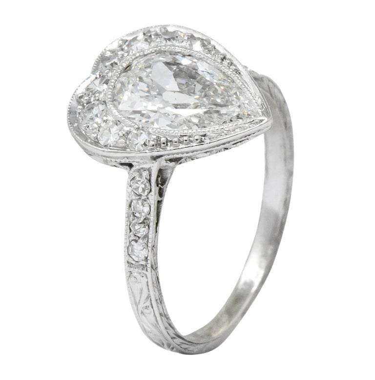Edwardian 1.45 Carat Pear Cut Diamond Platinum Heart Engagement Ring For Sale 4