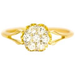 Edwardian 18 Karat Yellow Gold Diamond Daisy Cluster Ring