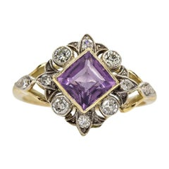 Edwardian 18 Karat Gold and Platinum Amethyst and Diamonds Ring