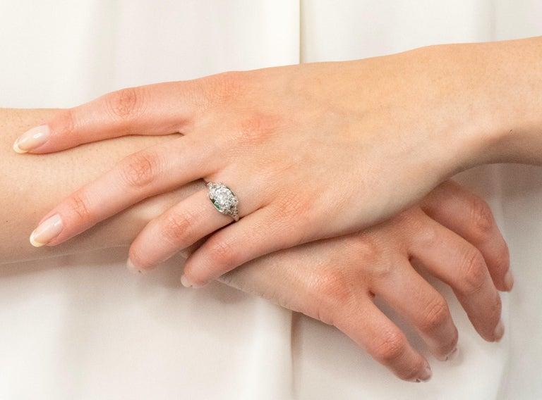 Edwardian 1.59 Carat Old European Diamond Emerald Platinum Engagement Ring GIA For Sale 6