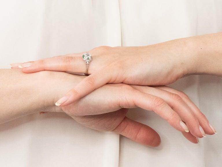 Edwardian 1.59 Carat Old European Diamond Emerald Platinum Engagement Ring GIA For Sale 5