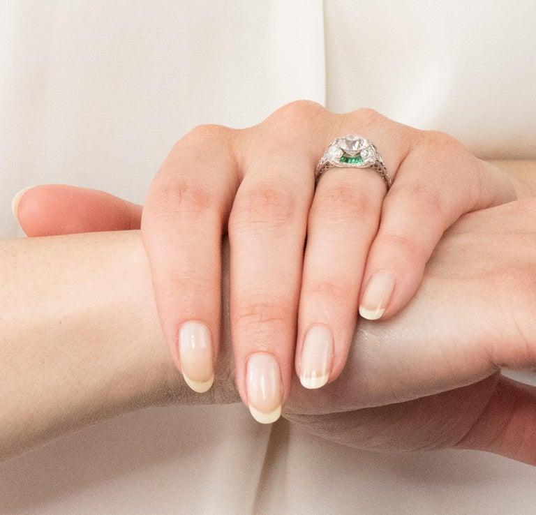 Edwardian 1.59 Carat Old European Diamond Emerald Platinum Engagement Ring GIA For Sale 7