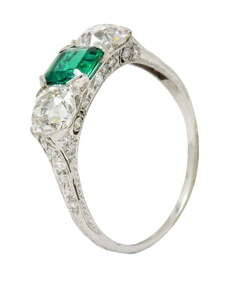 Edwardian 2.71 Carat Emerald Diamond Platinum Three-Stone Ring, circa 1915 5