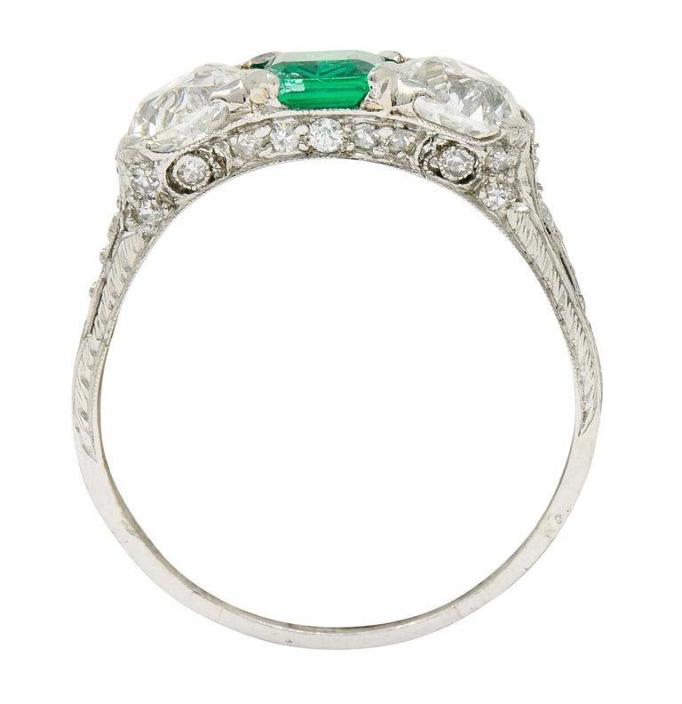Edwardian 2.71 Carat Emerald Diamond Platinum Three-Stone Ring, circa 1915 2