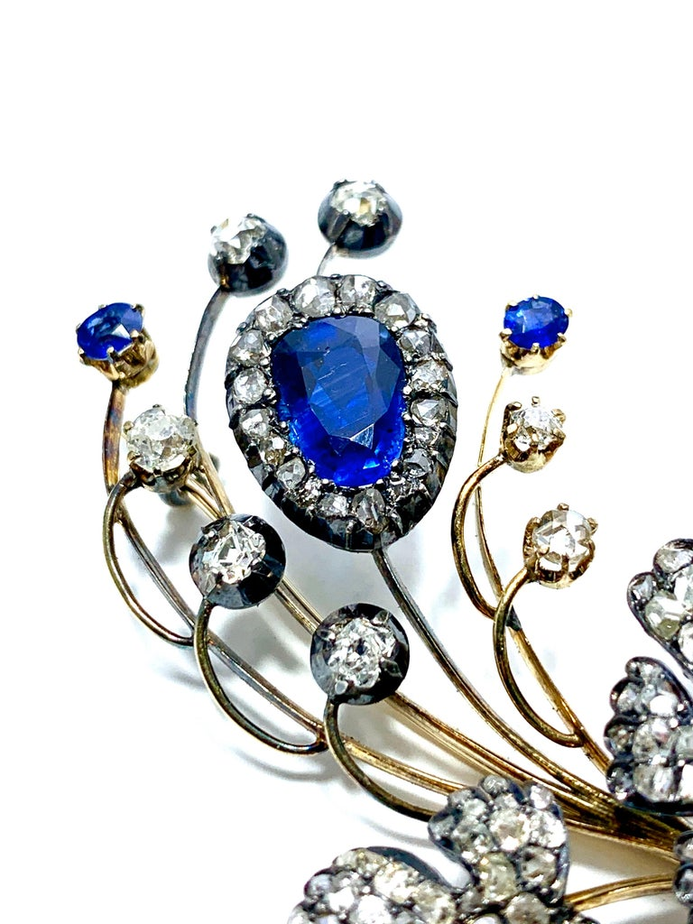 Edwardian 3.02 Carat Pear Shape Sapphire and Diamond Silver over Gold Bouquet For Sale 5
