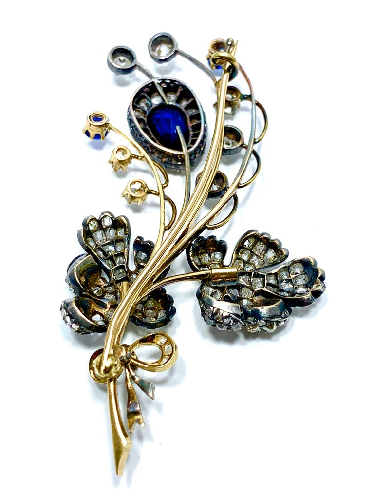 Edwardian 3.02 Carat Pear Shape Sapphire and Diamond Silver over Gold Bouquet For Sale 8