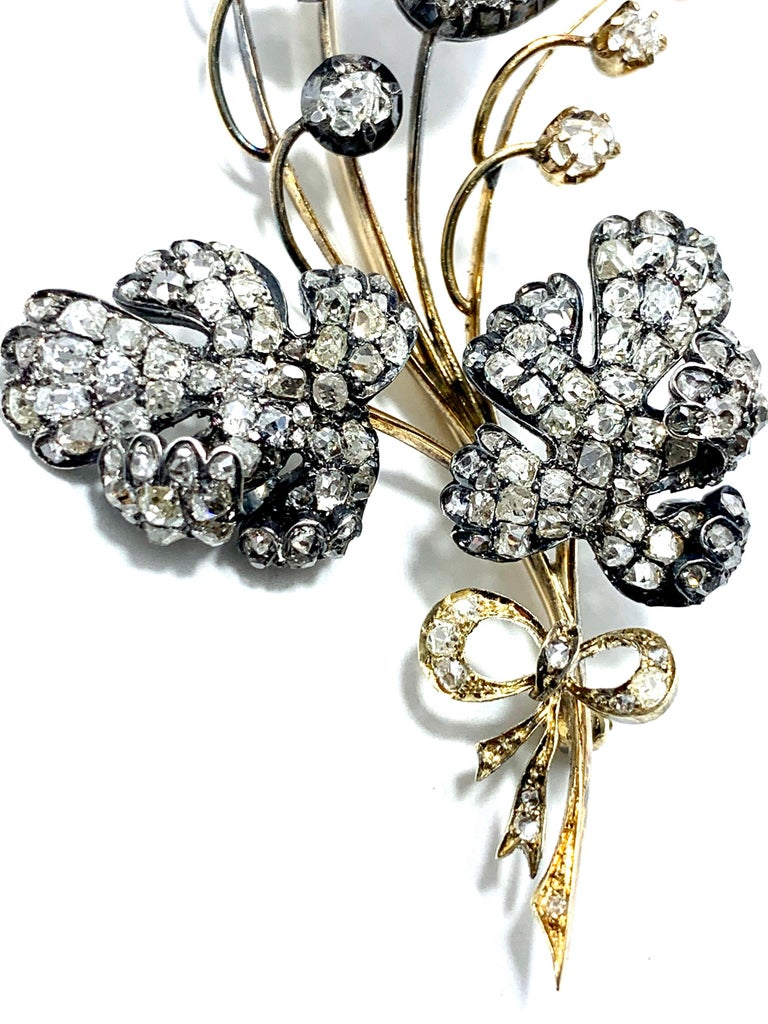 Women's or Men's Edwardian 3.02 Carat Pear Shape Sapphire and Diamond Silver over Gold Bouquet For Sale