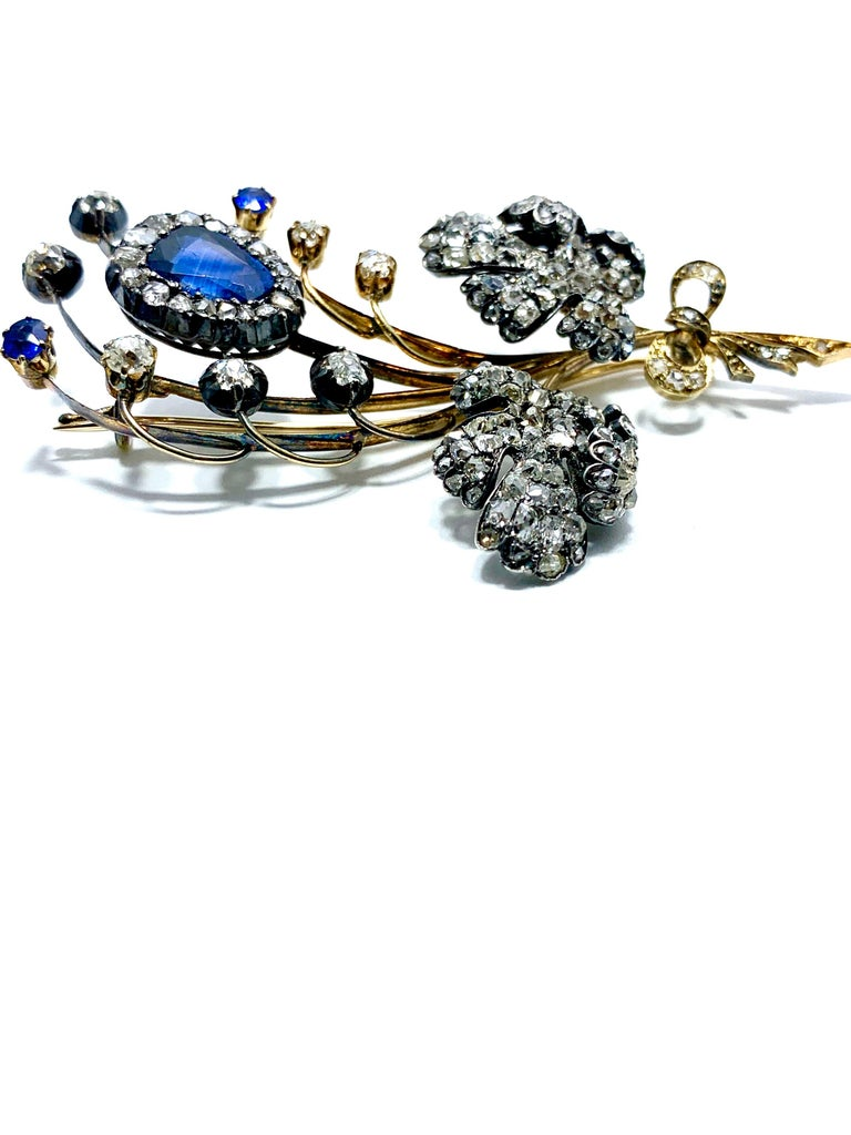 Edwardian 3.02 Carat Pear Shape Sapphire and Diamond Silver over Gold Bouquet For Sale 3