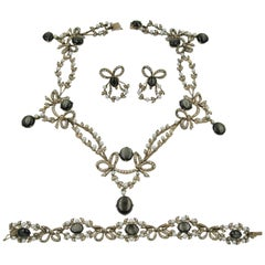 Edwardian 43 Carat Star Sapphire Seed Pearl Necklace Bracelet Earrings Suite