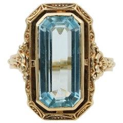 Edwardian 4.50 Carat Natural Untreated Emerald Cut Aquamarine Solitaire Ring