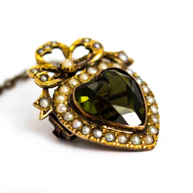 Round Cut Edwardian 9 Carat Gold Green Paste and Pearl Heart Brooch For Sale