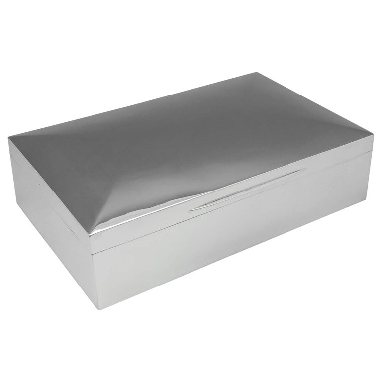 Edwardian Antique Sterling Silver Cigar Box from 1910 by Mappin & Webb For Sale