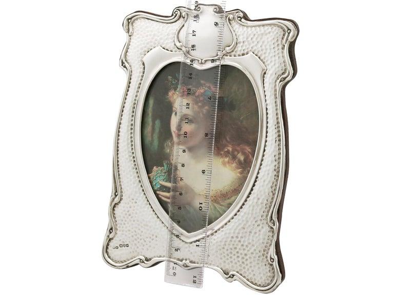 Edwardian Art Nouveau Style Sterling Silver Photograph Frame For Sale 3