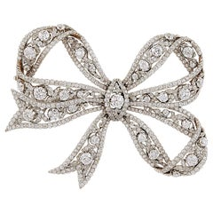 Edwardian Belle Époque Platinum, 18 Karat Gold Diamond Bow Brooch