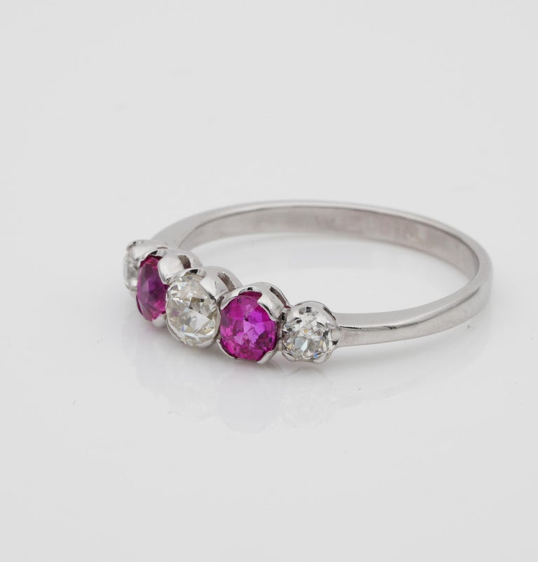 Edwardian Burma Ruby and Diamond Five-Stone Platinum Ring For Sale 1