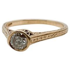 Edwardian Diamond & 14 Karat Filigree Gold Solitaire Ring