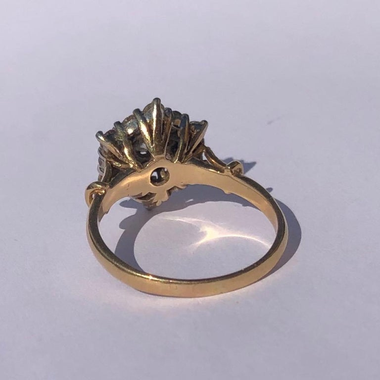 Round Cut Edwardian Diamond and 18 Carat Gold Cluster Ring