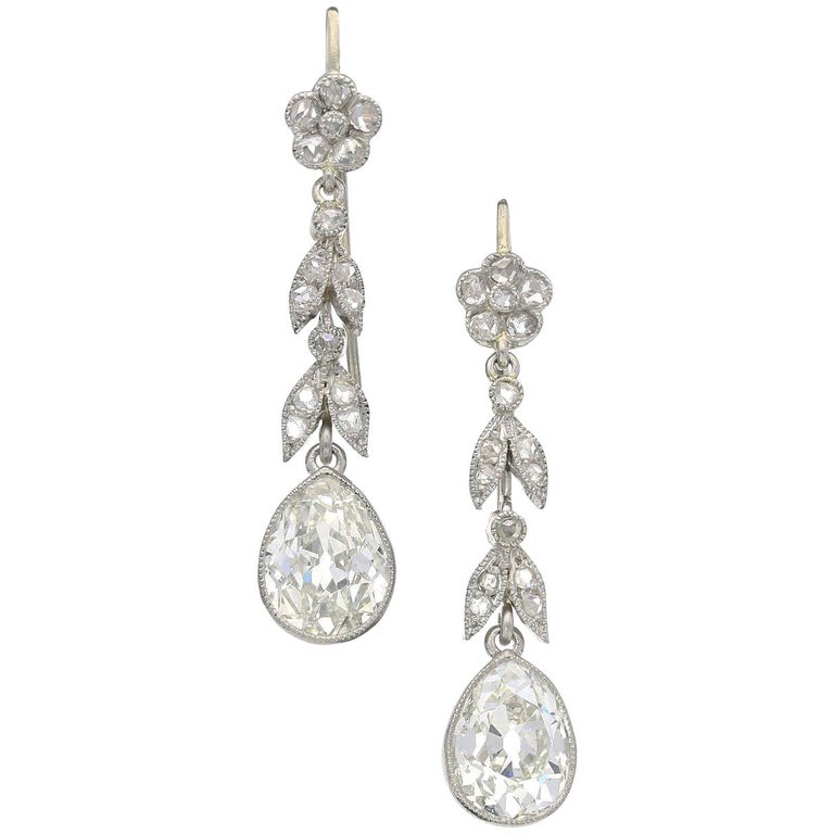 Edwardian Diamond and Platinum Earrings, circa 1910 For Sale