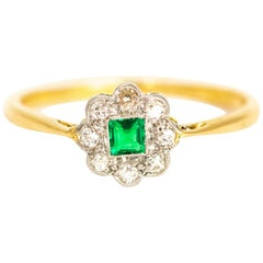 Edwardian Emerald and Diamond 18 Carat Gold Cluster Ring