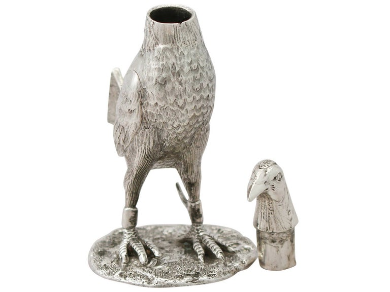 Edwardian English Sterling Silver 'Game Bird' Pepperette In Excellent Condition For Sale In Jesmond, Newcastle Upon Tyne