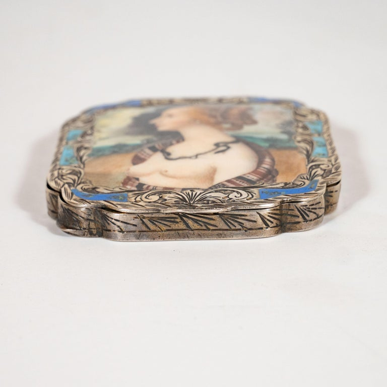 Edwardian Engraved Silver and Hand Painted Enamel Compact Portrait Mirror For Sale 1