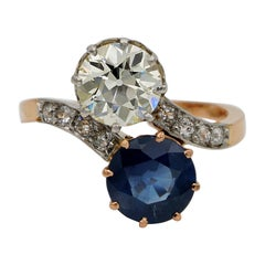 Edwardian French 1.70 VVS Diamond 2.30 Carat Natural Sapphire Twist Ring