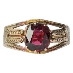 Edwardian Garnet and 9 Carat Gold Ring