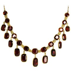 Edwardian Garnet and Yellow Gold Necklace